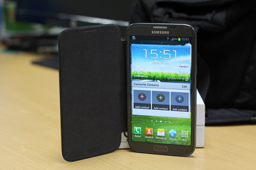 10 smartphone đẹp đáng mua nhất đầu năm 2013